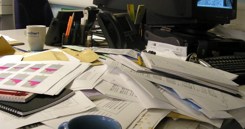 Disordine In Ufficio.La Postazione Di Lavoro Le Regole Base Per Uscirne Vivi